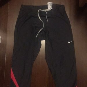 Nike Pants - Nike running crops - excellent condition